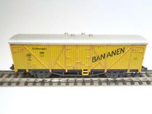 ROCO-N-Kuehlwagen-BANANEN-36832