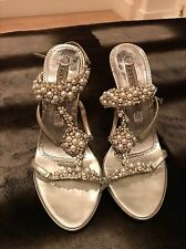 GIANMARCO LORENZI SILVER PEARL & SWAROVSKI CRYSTAL HIGH HEELED SANDALS SHOES