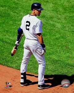 DEREK-JETER-New-York-Yankees-LICENSED-un-signed-poster-print-pic-8x10-photo