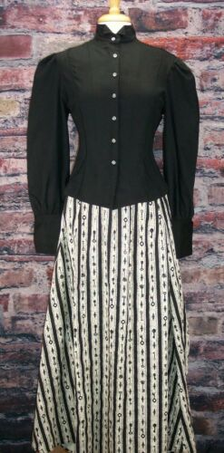 Victorian Skirts | Bustle, Walking, Edwardian Skirts Stripe Bustled skirt  Dickens Steampunk $69.95 AT vintagedancer.com