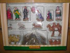 Décoration LEMAX les figurines et animaux de la creche village de noel
