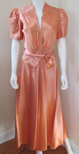 VTG 1940s Old  HOLLYWOOD *SAYBURY Peach SATIN Dres
