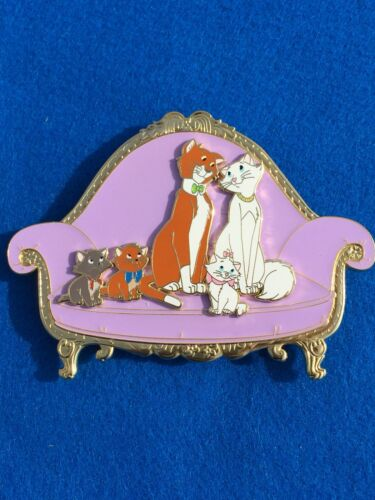 Aristocats ACME tribute fantasy pin Disney auction limited 50 Jumbo Kittens cat