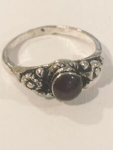 Vintage-Marcasite-Gothic-Black-Onyx-925-Sterling-Silver-Size-7-Ring
