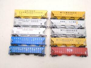 Athearn/others Ho Covered Hoppers(10), Milwaukee Road ++, x27