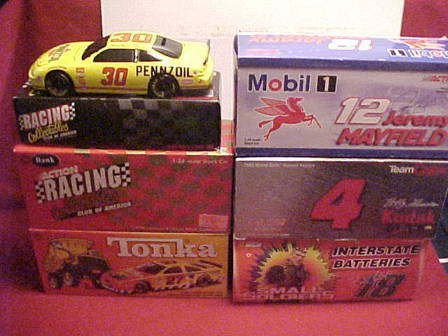 27  96  30  18  4  12 MULTIPLE 1 24 CW. & BW. CAR & BANK 1 2 CASE (6) CAR LOT