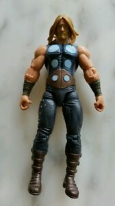 Marvel-Avengers-Thor-Action-FIGURE-New-Without-Tags-OR-Box