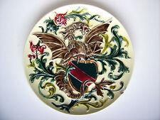 Historismus Keramik Wandteller Wappen Drachen Rudolf Ditmar Znaim Majolica 1880