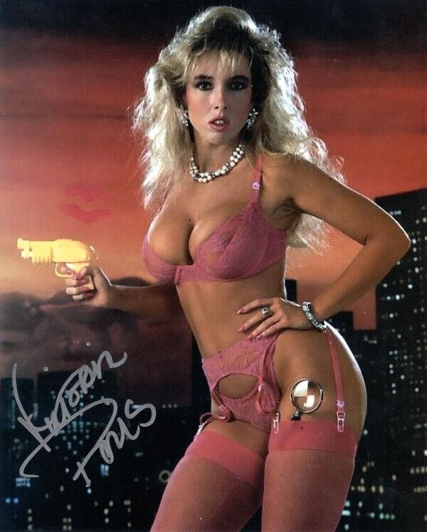 Sexy hot saree boobs