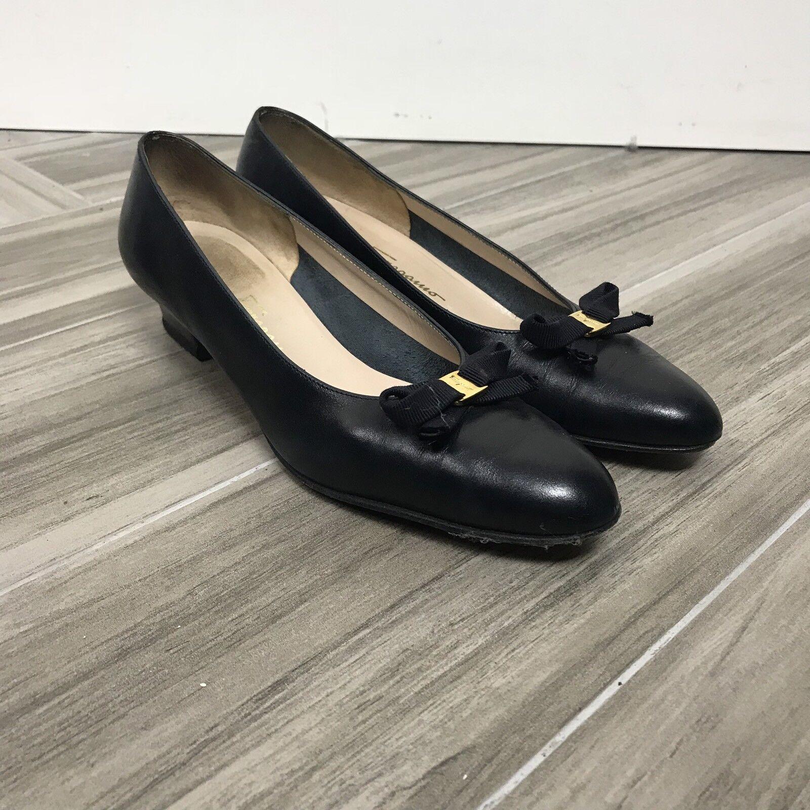 Salvatore Ferragamo Womens Block Heels shoes Size 7.5 AA Black Slip Top Bow
