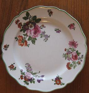 Royal-Doulton-Dinner-Plate-Boston-Floral-Pattern-9-034