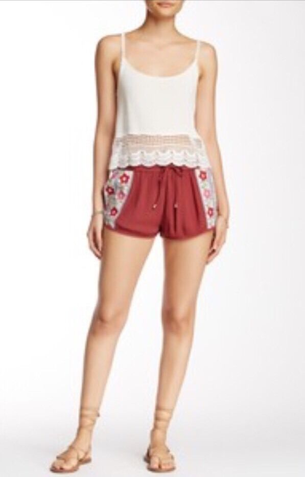NWOT Raga Embroidered Shorts Size Small