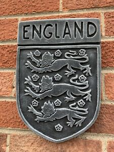 STONE-GARDEN-ENGLAND-WALL-HANGER-PLAQUE-3-LIONS-ORNAMENT-GIFT-FOOTBALL