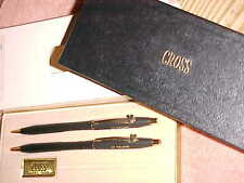 UNUSED GEM  -  Vintage MATT BLACK CROSS SET in BOX   - DEKALB CLIP BADGES