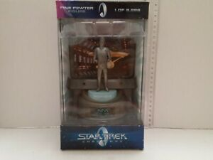 1998-Star-Trek-Champions-Capt-Kirk-Fine-Pewter-Figure-Livraison-rapide
