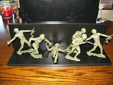 Vintage Lot of (6) Plastic 5 inch Army Men Soldiers!!  Great Shape!