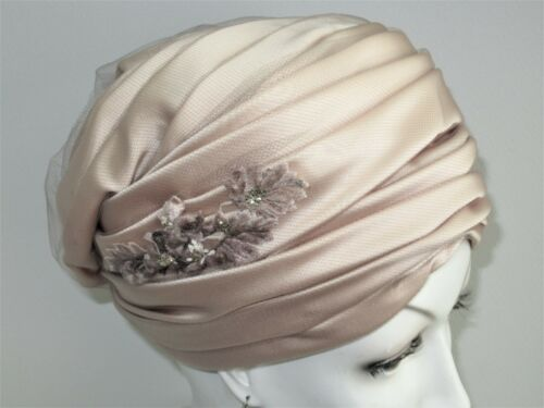 Vintage 1920-30's Ladies Turban Pink Champagne Hat