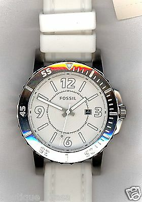 NWT Fossil Bryson BQ1022 Three-Hand White Dial White Silicone Straps Men's Watch