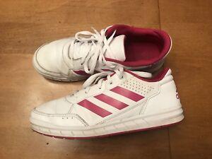 hot sales a8725 944b4 ... greece image is loading adidas 3 stipe mens size 6 running athletic  edb6b 1afa9