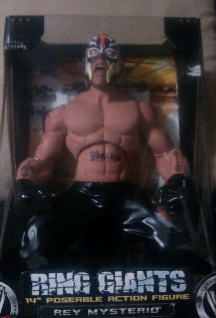 WWE Ring Giants Rey Mysterio series 8