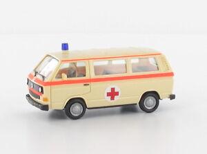 Herpa-927918-h0-coches-vw-t3-cruz-roja-intermodellbau-2017