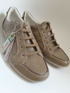 Bussola Taupe Leather Trainers Size 7 Uk New 40 Or qwFZffzx