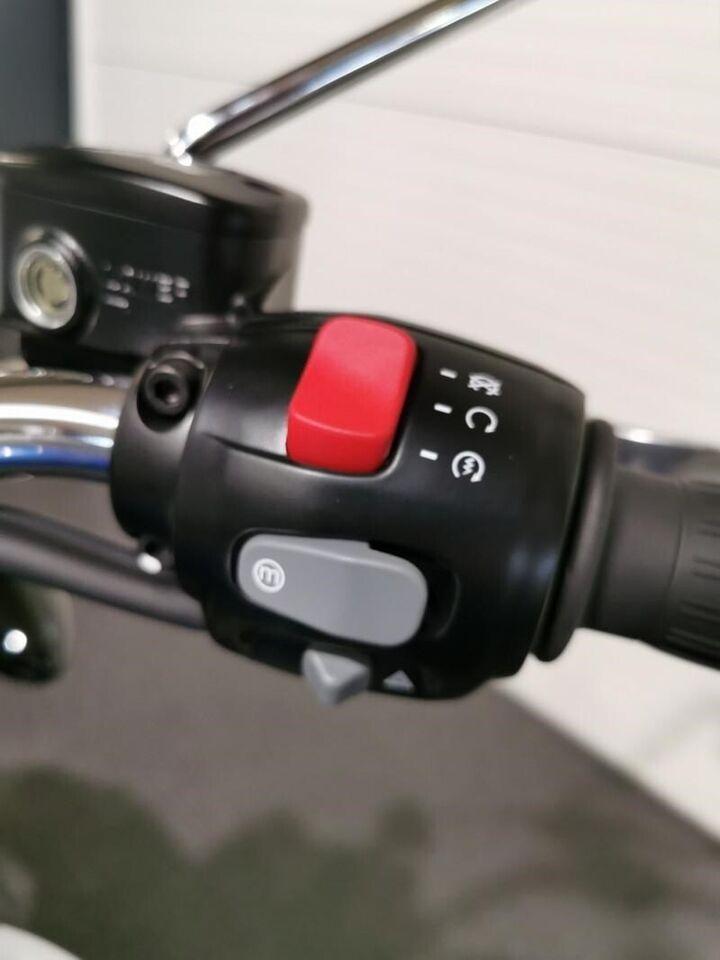 Triumph, Speedmaster, ccm 1197