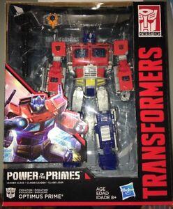 Transformers Generations Le pouvoir des dirigeants Optimus Prime à la main!   630509620777