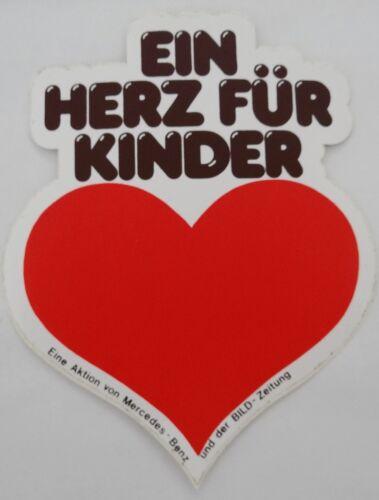 Aufkleber EIN HERZ FÜR KINDER Bild Mercedes-Benz 80er Jahre Sticker