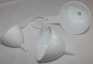 Set-of-3-x-Plastic-Kitchen-Funnel-for-household-use-NEW-nesting