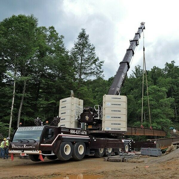 WSI Liebherr LTM1350 400 Ton Crane - Digging and Rigging colors NEW 1 50 scale