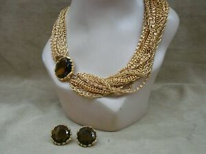 LOVELY-VINTAGE-28-STRAND-GOLD-TONE-CHAIN-W-TOPAZ-GLASS-NECKLACE-amp-EARRINGS-SET