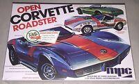 Mpc 1975 Chevy Corvette Convertible 1/25 Model Car Kit 842