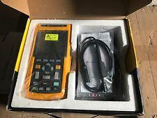Fluke 125 Digital Oscilloscope, 2 Channels, 40MHz  - 125/101-M02