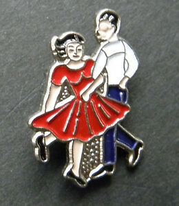 COUNTRY-WESTERN-MUSIC-SQUARE-DANCING-LAPEL-PIN-BADGE-7-8-INCH