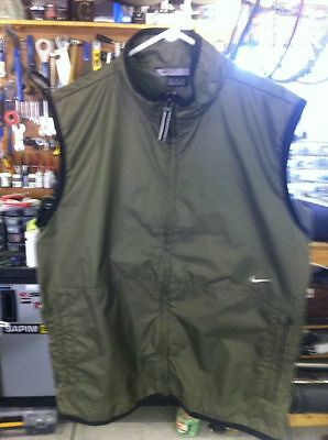 Nike Wind Vest w/ Logo and two front zippered pockets, Medium