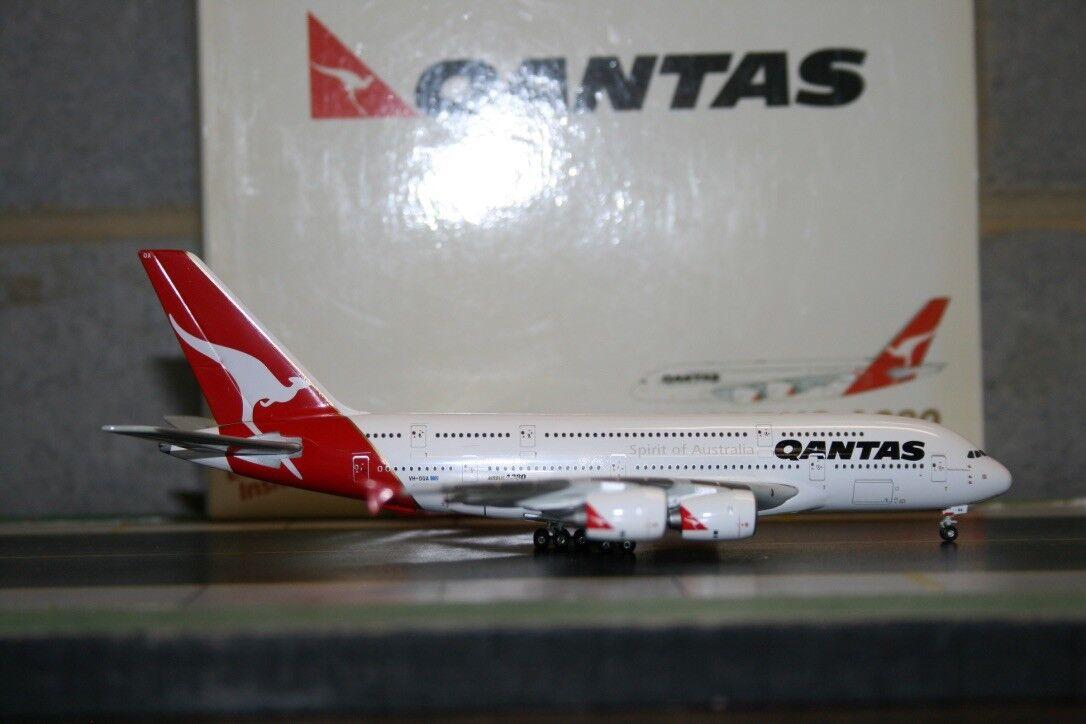 Gemini Jets 1 400 Qantas Airbus A380 VH-OQA (GJQFA655) Die-Cast Model Plane