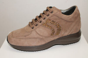 Sneakers Geox D Happy A Suede taupe tipo Hogan Interactive listino 122 30%