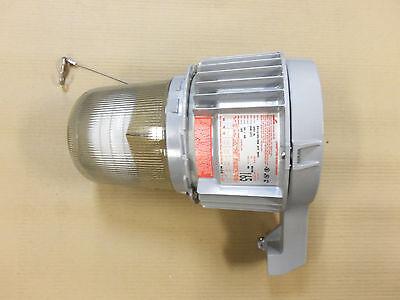 New Crouse Hinds Explosion Proof Light Fixture 165 Watt