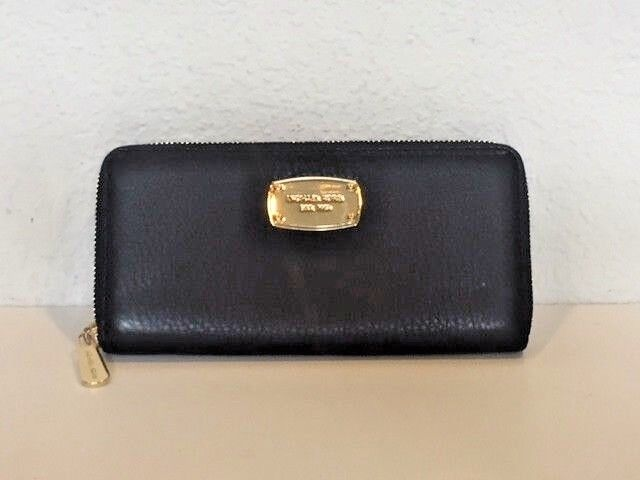 d00a1a1e6b66 Michael Kors Leather Jet Set Travel CONTINENTAL Zip Around Wallet Black for  sale online   eBay