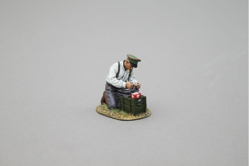 THOMAS GUNN GW068B - The Tailor (German) WW1 Painted Metal