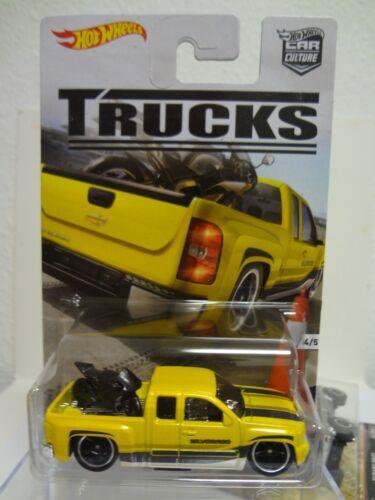 READ BELOW in red Hot Wheels 2016 Car Culture DJF77-956C Set of 5 TRUCKS