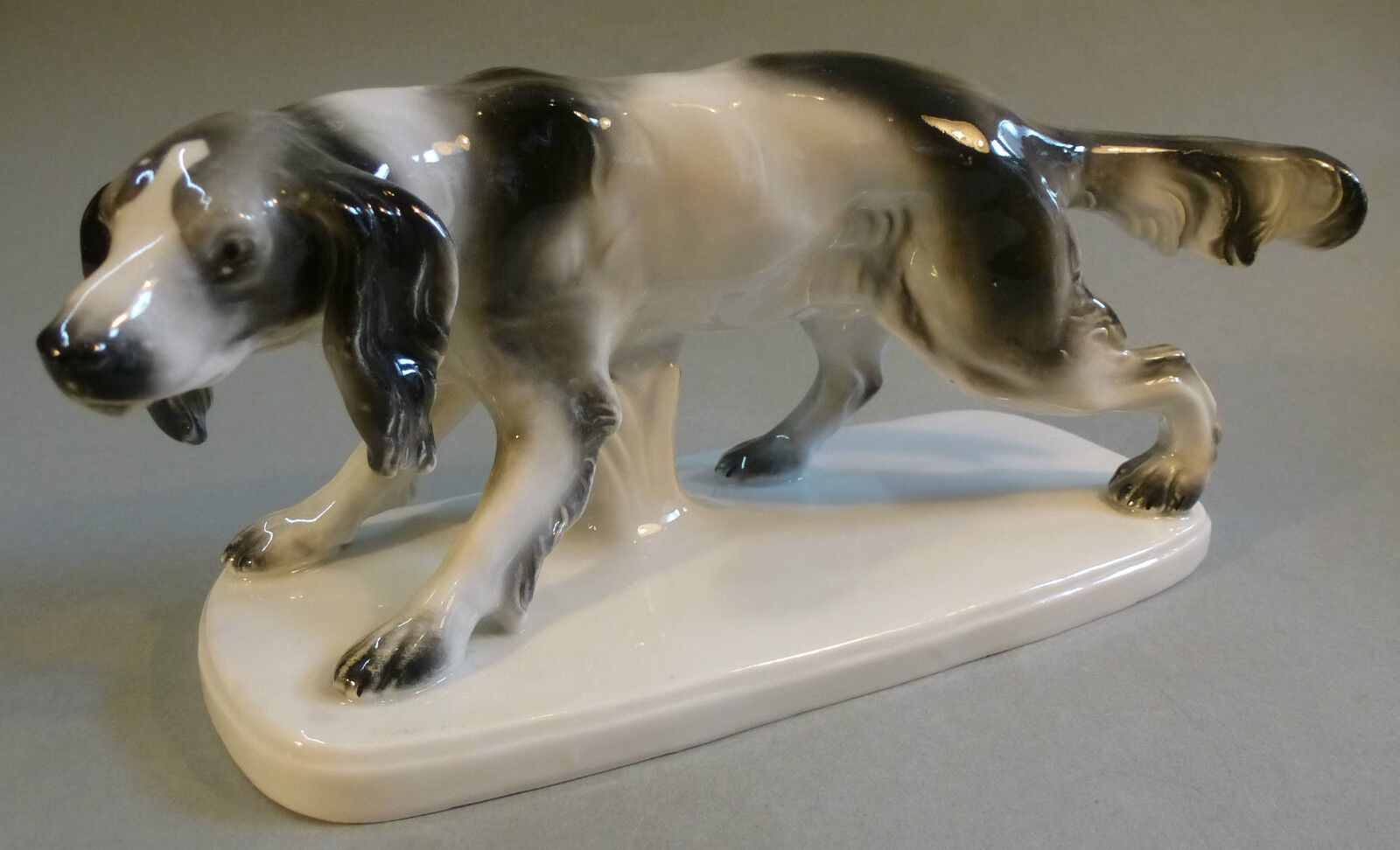 Art Decó Porcelana Perros de Caza Codorniz Figura Animal Cazador Turingia 1930