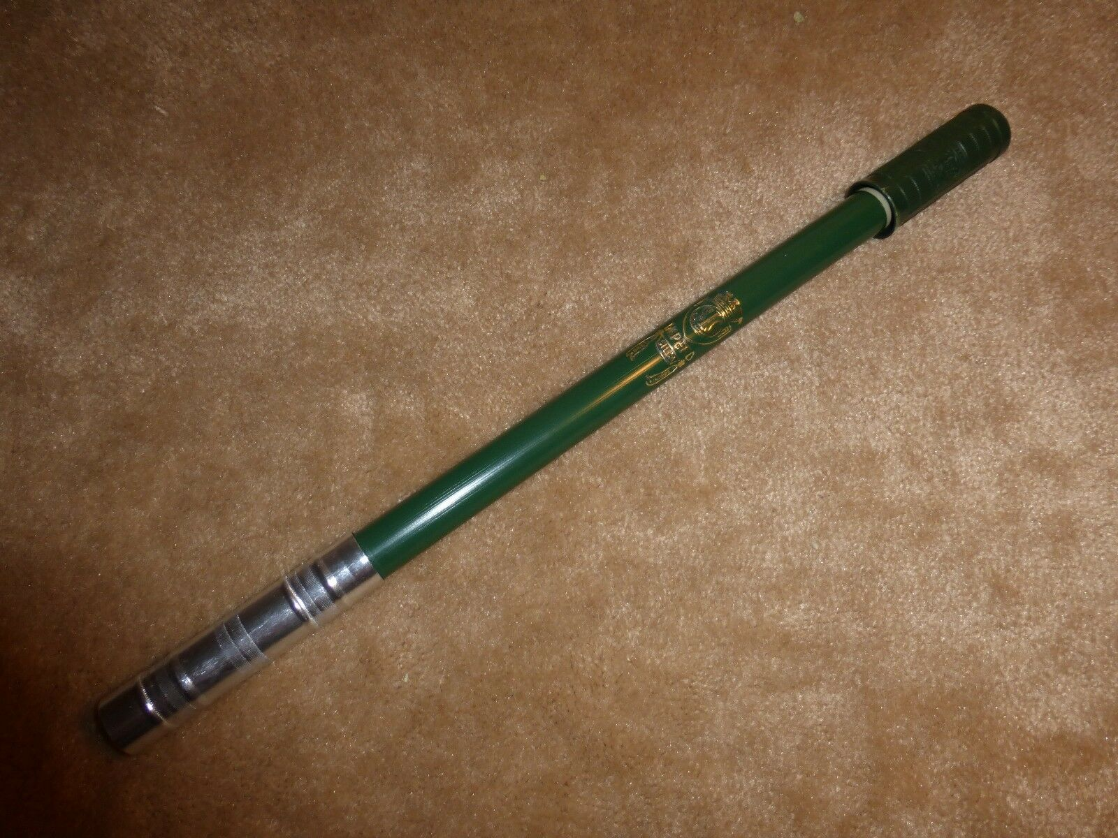 Vintage 1960's  - 1970's  NOS  Silca  Flat Top  Frame Pump - GREEN - 500 mm only   cheapest price