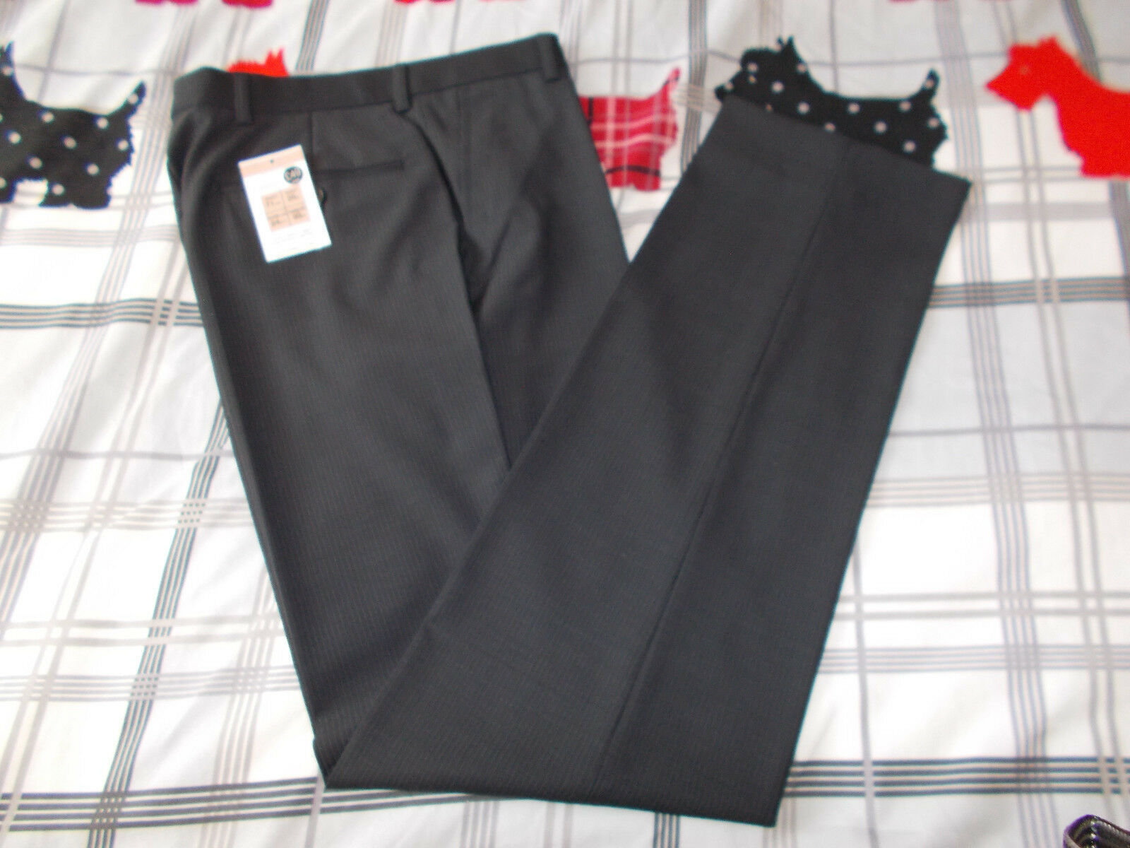 Brand new mens slim fit trousers from M&S size 28
