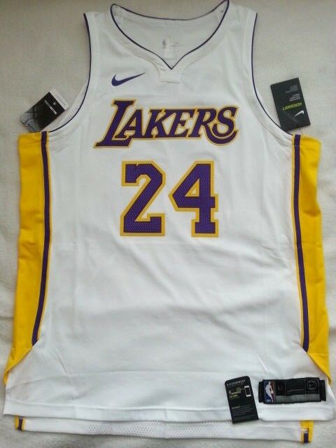 225 Nike Los Angeles LA Lakers NBA Authentic Kobe Bryant Jersey Mens XL 52  NWT a31bc5bcc