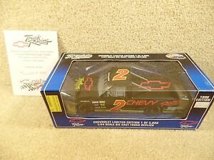 New 1996 Racing Champions 1:24 NASCAR Craftsman Chevy Truck Racing Supertruck