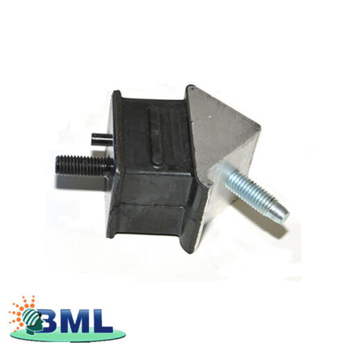 LAND ROVER DEFENDER TD5 RH GEARBOX MOUNTING RUBBER PART KQB500550