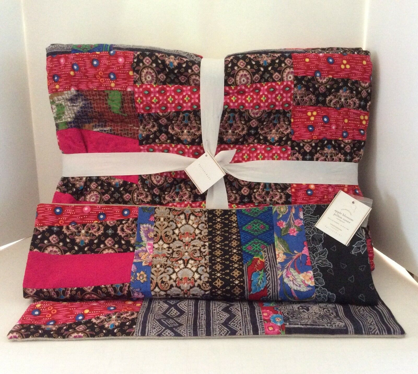 Pottery Barn Apple Blossom Patchwork QUILT, PILLOW COVER Pauline Boyd New w Tags
