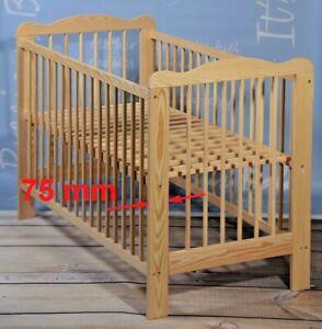 Babybett-Kinderbett-Gitterbett-Massivholz-breites-Brett-am-Kopfteil-Angebot-NEU